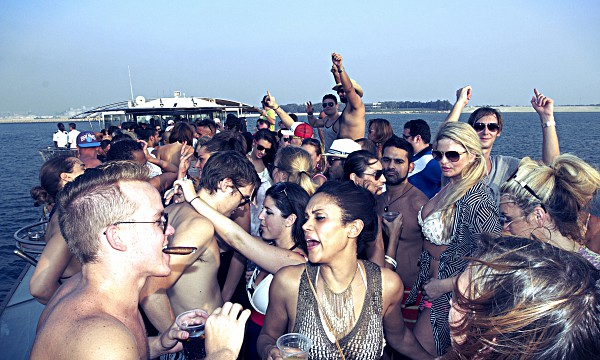 Dubai Boat Party